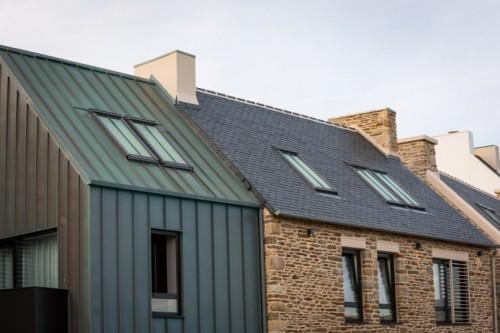 trois nouvelles dimensions de fen tres de toit velux pour. Black Bedroom Furniture Sets. Home Design Ideas