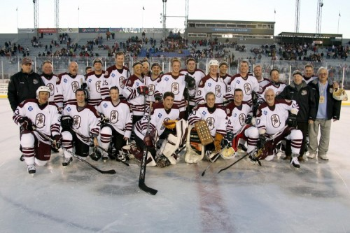 Lindros, Flyers Alumni to Battle Bears Alumni at 2018 Capital Blue Cross Outdoor Classic