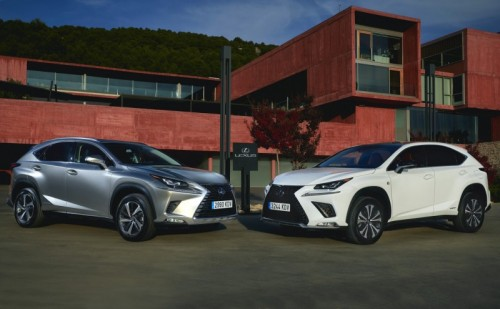 THE UPDATED LEXUS NX 300h