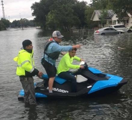 The Rescuers: Cook Children\'s Nurse, Dispatcher Help Hurricane Victims