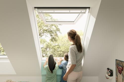 Trois Nouvelles Dimensions De Fenêtres De Toit Velux Pour Lhabitat