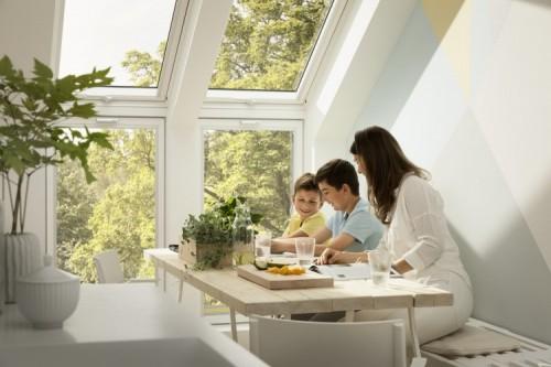 Zestaw okien VELUX z oknami kolankowymi