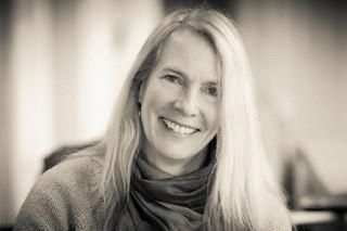 Dr Alicia J. Rouverol