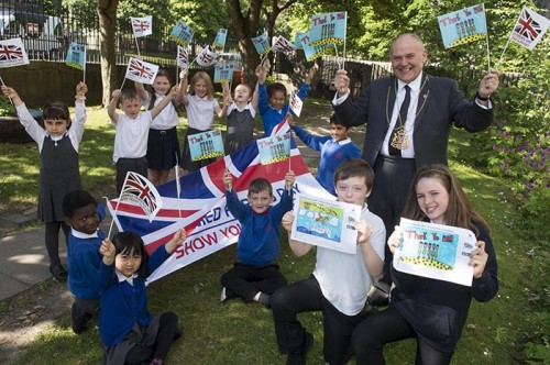 Lord Provost Barney Crockett at Gilcomston Primary school with  winners of the Armed Forces Day flag competition. The winner are MAYA MACLEAN ( 9YO pr 4) LHS- with runner up Matthew Marr