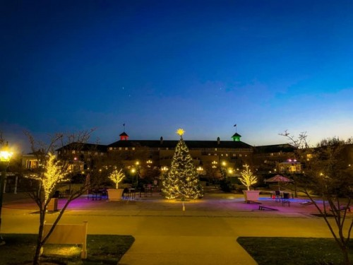 Hershey, PA is Dressed for the Holiday
