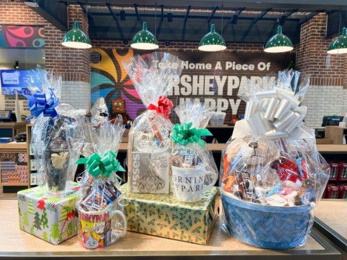 Holiday Retail is Here for Hersheypark Christmas Candylane!