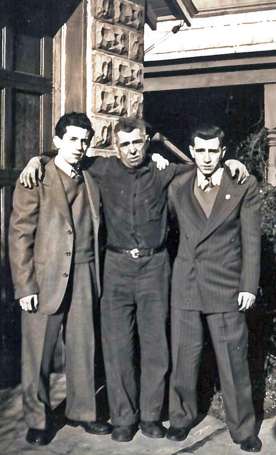 Antonio DiNauta, an Italian immigrant to the United States, and his two sons, John and Leonard, born in the US.