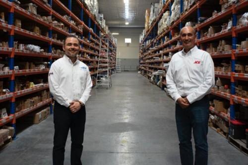 From Left: Sergio Hinojosa, CEO of Pimsa Ferreteros and Macedonio Garza, Ace Mexico Country Manager.