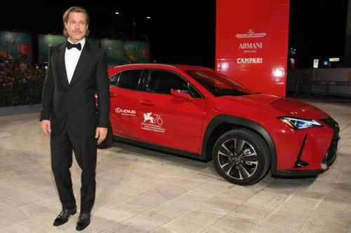 LEXUS UX STARS ON THE RED CARPET OF THE VENICE FILM FESTIVAL