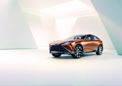 Lexus Carves Out a New Flagship Luxury Crossover with Lexus LF 1 Limitless concept