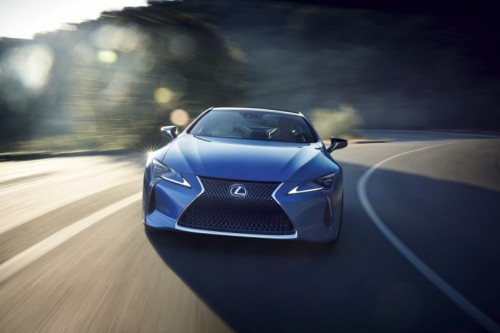 NATURE'S BRILLANCE CAPTURED NEW LEXUS STRUCTURAL BLUE