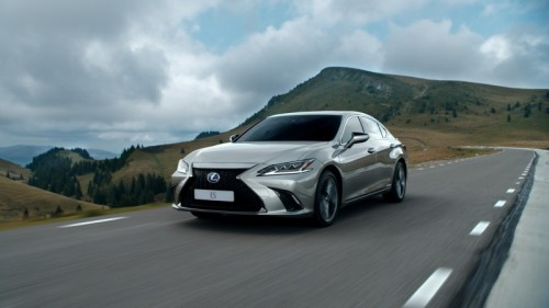 OUTSTANDING REAL LIFE FUEL CONSUMPTION OF LEXUS ES HYBRID CONFIRMED IN ADAC ECOTEST