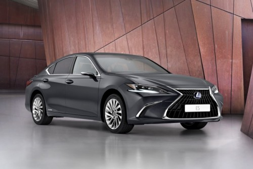 WORLD PREMIERE OF NEW LEXUS ES