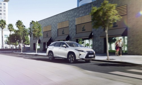 Lexus RX Drivers Now Have the Power of Three Rows