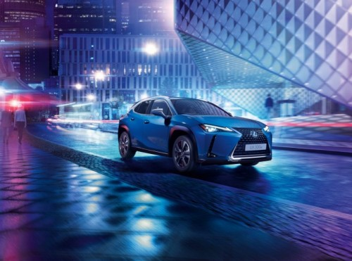 WORLD PREMIERE OF LEXUS FIRST EV THE UX 300e