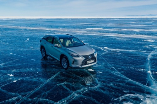 LEXUS MODELS EXCEL IN SIBERIAN ICE DRIVING ADVENTURE