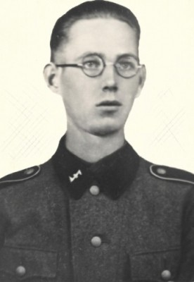 Ome Leo in uniform