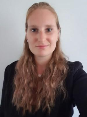 Jaleesa Udink, secretaris van de IMR van Sociale Studies .