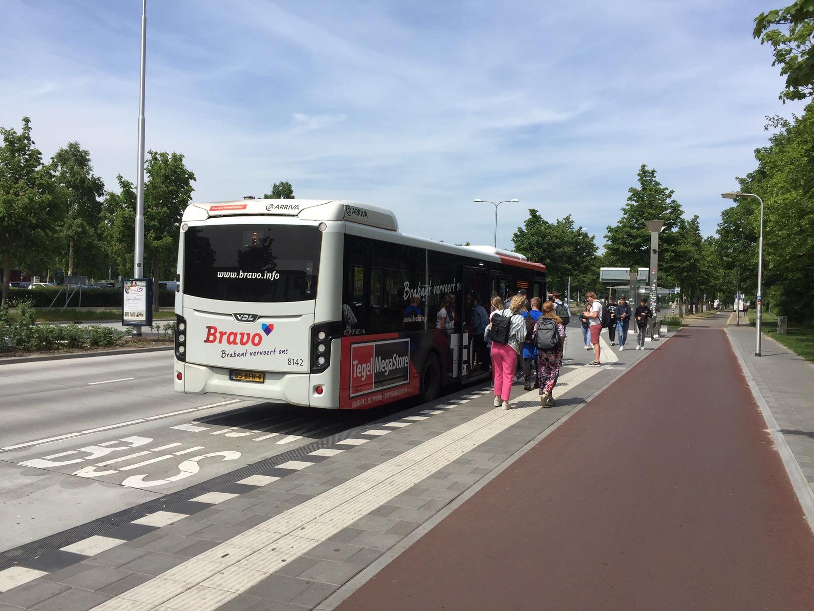 De NSE zorgde er eerder voor dat er in Eindhoven een extra busverbinding naar de campus kwam.