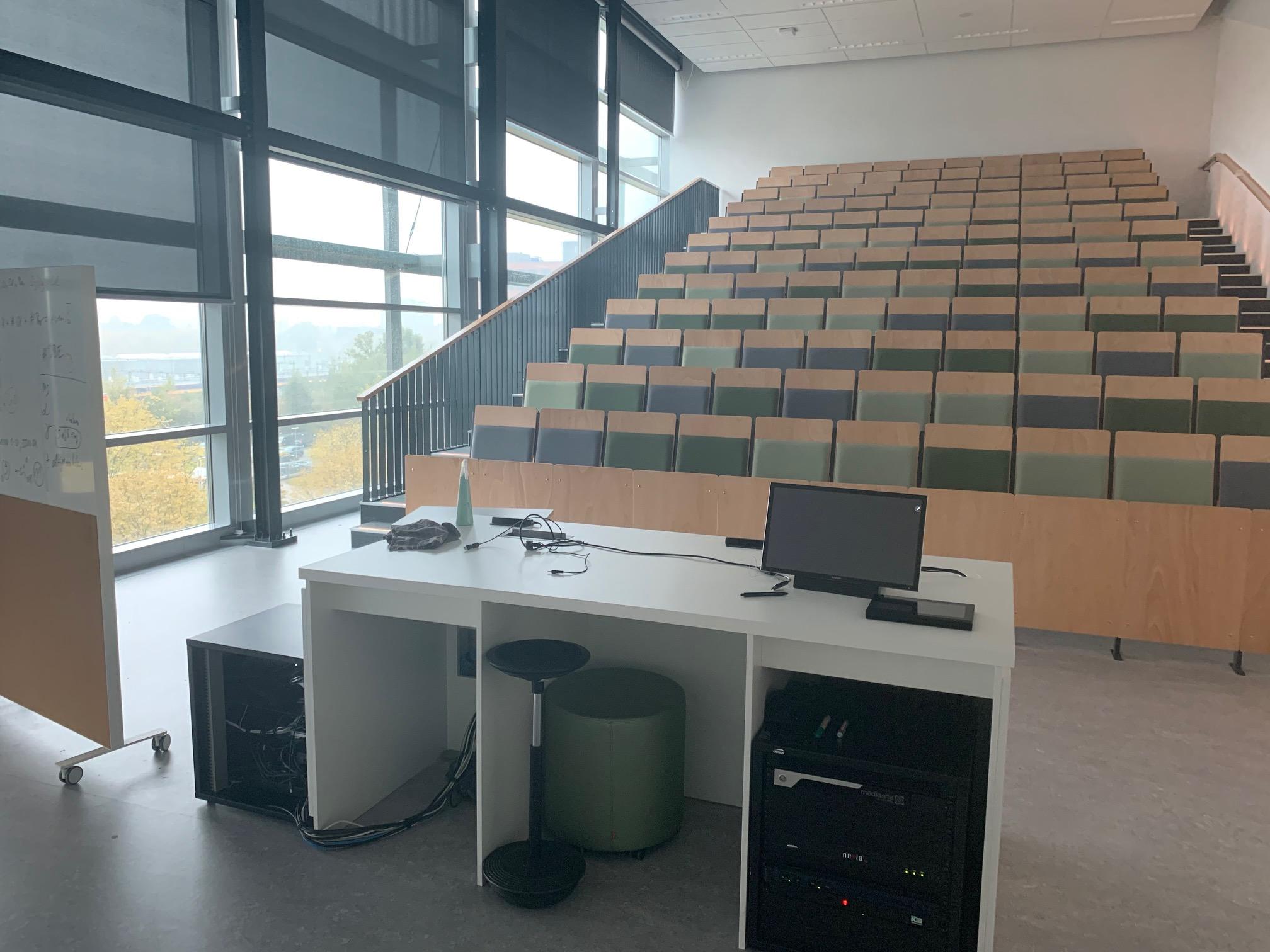 Op 16 december ging Fontys door de lockdown weer over op online onderwijs.