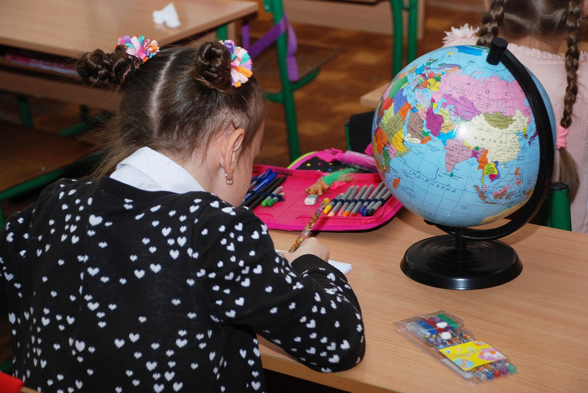 Recht op onderwijs, één van de 54 kinderrechten.