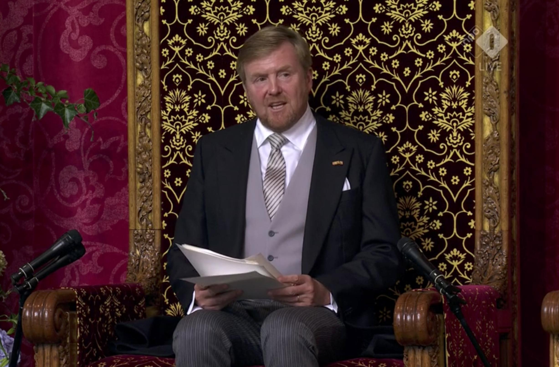 Koning Willem-Alexander spreekt de Troonrede uit.