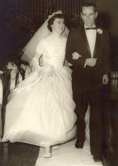 A classic 1950s-era gown.