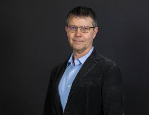 Dr. Carl Scott