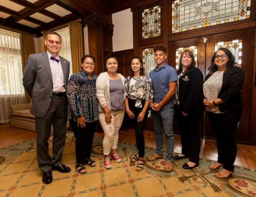 UST President Dr. Richard Ludwick with Rising Star Internship students Julianna Figueroa Rojas, Alejandra Nerria, Galilea Nunez, Juan Avalos, Career Services Director Paula Marsh, Career  Services mentor Betsy Rajan.  Missing from the picture UST freshman Liliana Martinez