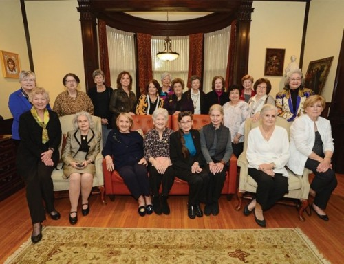 Metropolitan Club Members and Friends at Reunion Luncheon